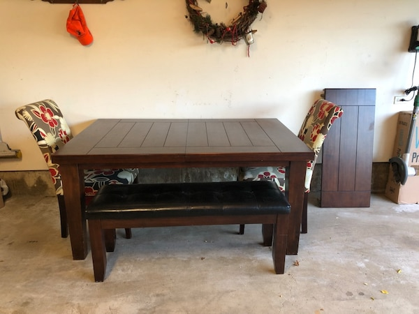 Groovy Solid Wood Dining Table Two Chairs One Bench Seat Ibusinesslaw Wood Chair Design Ideas Ibusinesslaworg