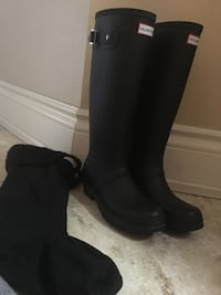 Hunter Black Boots with Boot Socks Vaughan, L4H 3C2