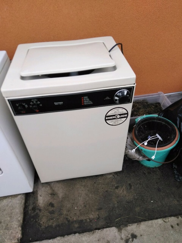 Apparment size washer dryer working