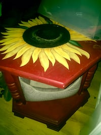 Cute hand painted side table  Myrtle Beach, 29579