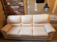 3 seats ,  good condition except some worn out as shown in the picture Markham, L6C 2K8