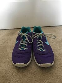 Pair of blue-and-purple nike running shoes Tuscaloosa, 35404
