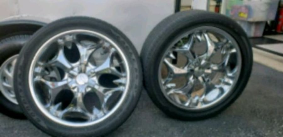 4 rims and tires 5x100mm bolt patern 20s  0