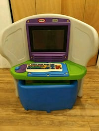 Used Little Tikes Young Explorer computer desk n bench for sale in ...
