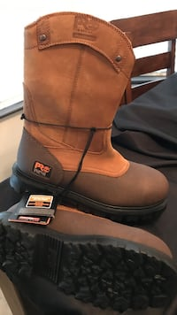 pair of brown leather boots Bakersfield, 93311