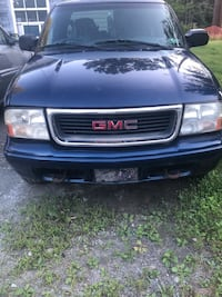 GMC 2002 Sonoma  Clarks Summit, 18411