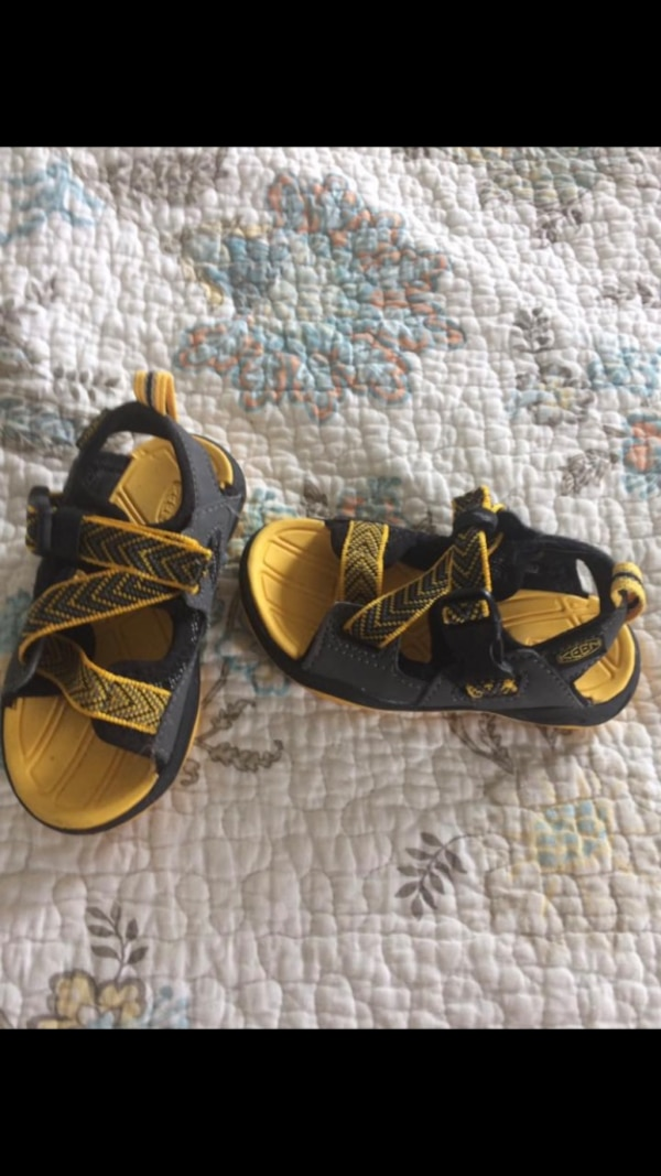 c9305006ff72 Used Toddler Keens shoes for sale in Hanover Township - letgo