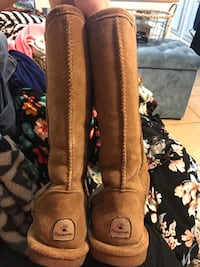 Bear paw boots size 9 Tempe, 85281