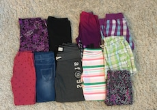 LOT OF GIRLS BOTTOMS - 10 FOR $20