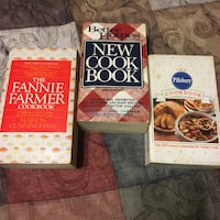 assorted-title book lot Middletown, 10940