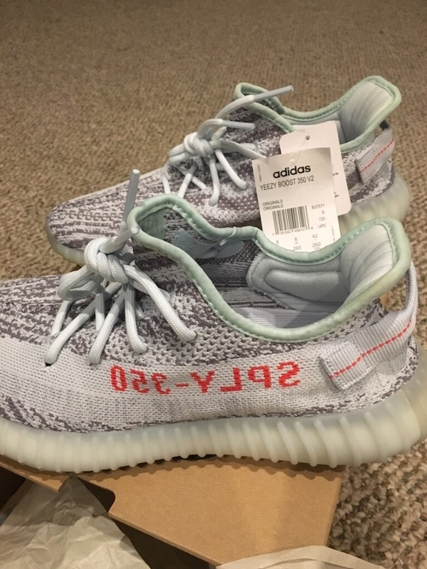cf594ef75 Used Pair of gray adidas yeezy boost 350 v2 for sale in Toronto - letgo