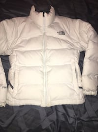 White the north face zip-up bubble jacket Fargo, 58104