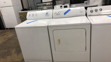 Kenmore washer&dryer set excellent conditions