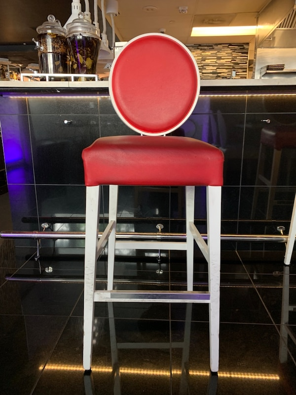 Wondrous Red White Bar Stools Short Links Chair Design For Home Short Linksinfo
