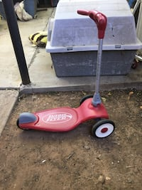 black Radio flyer kick scooter Laredo, 78040