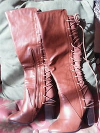 BROWN LEATHER BOOTS SIZE 5 Bakersfield, 93314