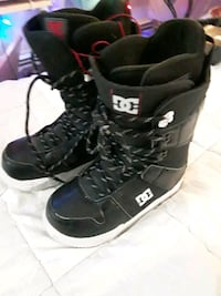 Selection of Snowboard and boots (size8&91/2)