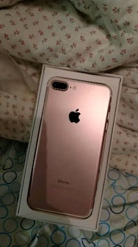 rose gold iPhone 7 plus with box Florida