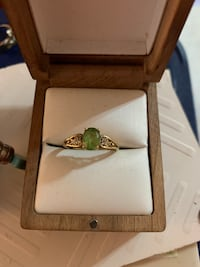 Peridot Ring with Gold Band size 6 Crofton, 21114