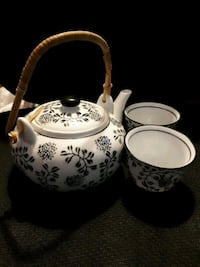 Black and white tea for two set