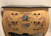 Reduced price granite top chest of drawers Mississauga, L5J 3M9