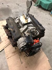 350 engine with a performer RPM and a 600 Holley carb no distributor Casper, 82604