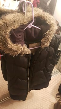 Marc jacob comfy vest Burnaby, V5A 1H3