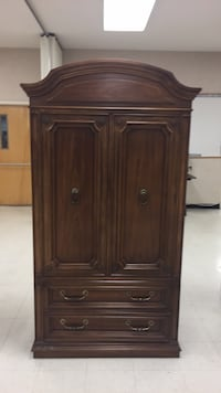 brown wooden 2-door cabinet Gaithersburg, 20877