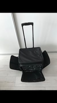 Rolling bag with multiple divider attachments Miami Beach, 33139