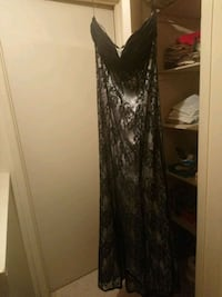 black and gray floral sleeveless dress Windsor, N8T 1A4