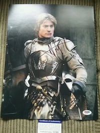 Large signed Game Of Thrones photograph