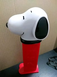 "Snoopy 12"" Peanuts Theme playing Pez despencer"