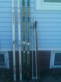 2-Sets X-Country Skies w/Poles/Shoes Rockford, 61104