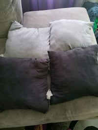 Throw pillows black and gray 470 mi