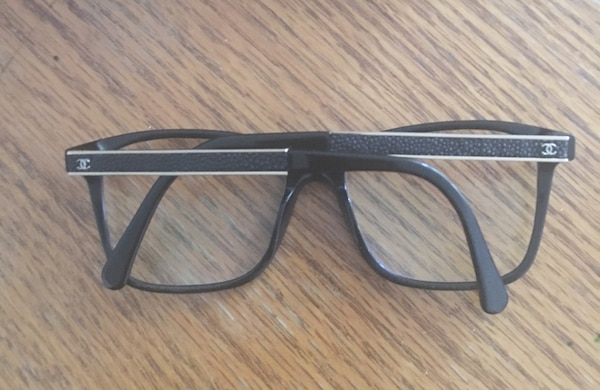 e5d1f96dc0 Used Black and gray framed eyeglasses (CHANEL FRAMES) for sale in Montréal  - letgo