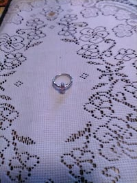 Jewelry beautiful ring size 6 Albuquerque, 87102