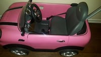 toddler's pink ride-on car Whittier, 90604