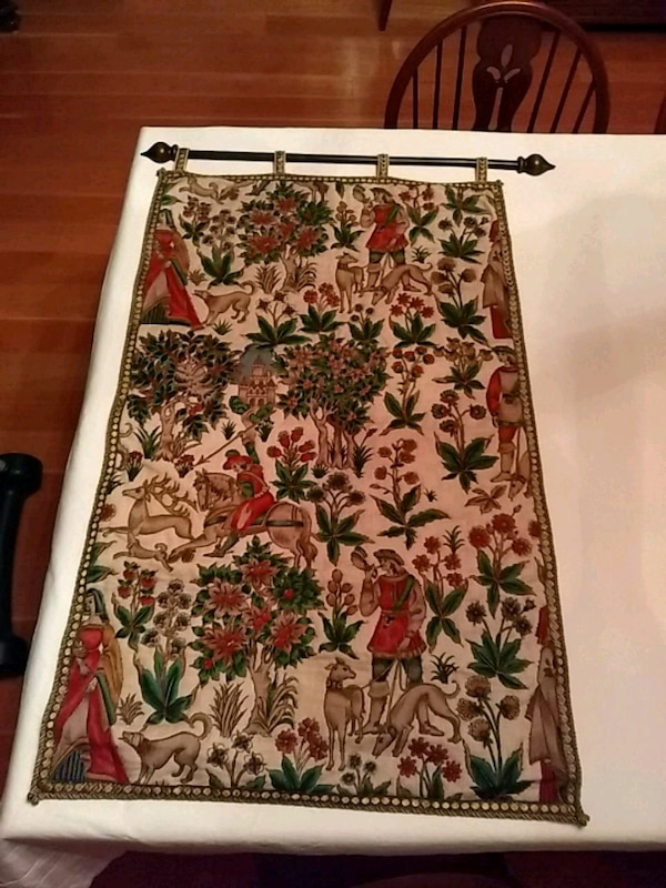 Tapestry from Germany with decorative hanging pole 1ef05d10-4fea-455e-8345-00a8fd096b50