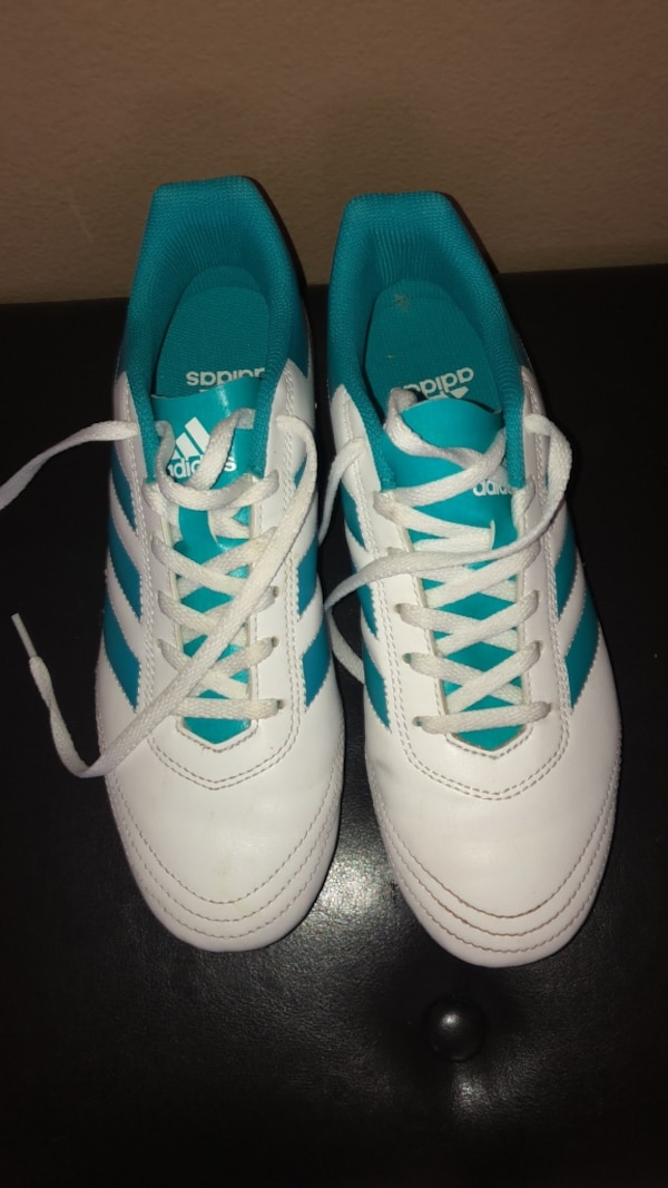 bf36c49b251 Used Girl Soccer shoes Sz 8.5 for sale in Humble - letgo