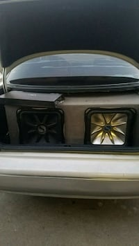 Two amps and two, 15 inch subs Sacramento, 95823