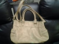 4 PURSE TYPE , CARRY BAGS.EXCELLENT COND. Winnipeg, R2P