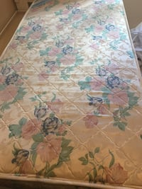 Twine size mattress in very good condition  Toronto, M1E 4Y5