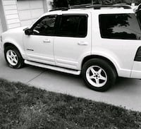 white SUV Lawrence, 66046