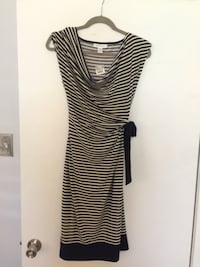 NWT Motherhood Maternity navy and white striped dress, size medium New Orleans, 70112