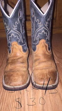 Toddler size 7.5 old west boots Porter, 77365