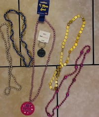New! One mother keychain and 1 mother necklace . Plus 3 metallic neckl Las Vegas, 89108