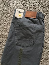 Men's new chinos  Spruce Grove, T7X 1H7