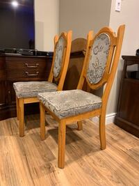 4 kitchen chairs  Laval, H7X 3E4