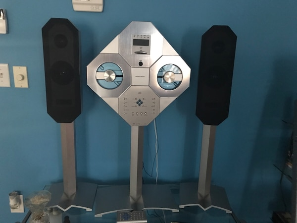 Used Speakers And Cd Player From Sharper Image For Sale In Atlanta