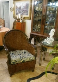 Nice comfortable chair North Fort Myers, 33903